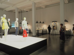 slow fashion slow fashion labor fast fashion ausstellung exhibition